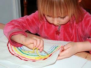 Научить ребенка рукоделию
